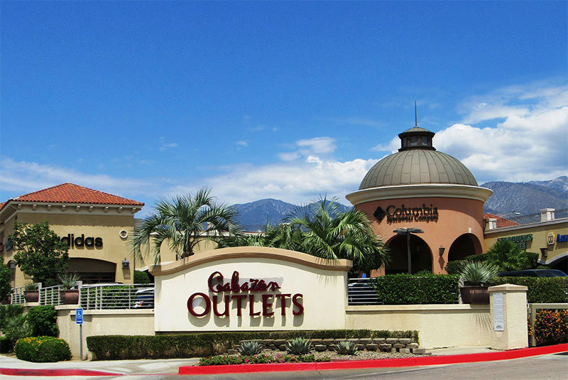 Cabazon Outlet Mall, 180+ stores